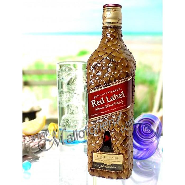 Ръчна обработка на бутилка от RED LABEL